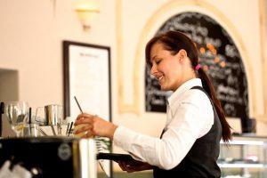 עבודה במלצרות בבתי מלון